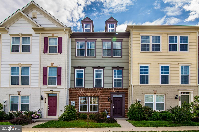 other residential homes for Rent at 445 Heartleaf Ter SE Leesburg, Virginia 20175 United States