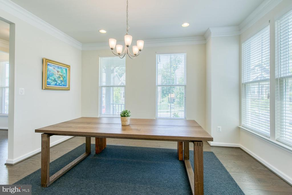 Two walls of windows in dining room - 301 PEAR BLOSSOM RD, STAFFORD