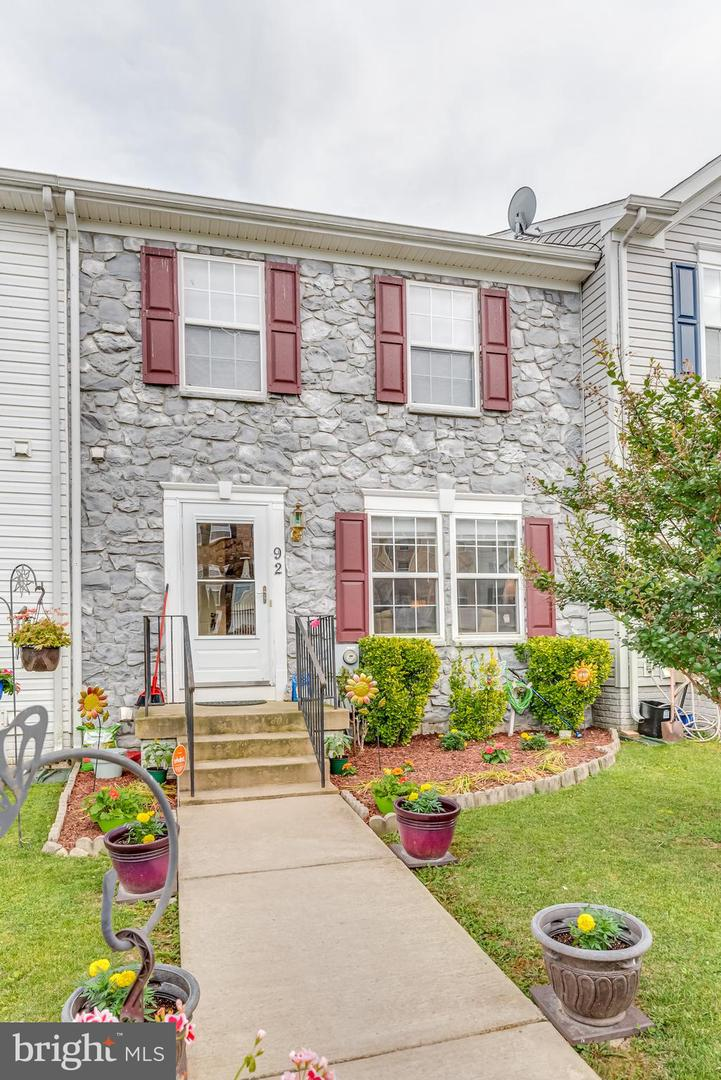 Single Family for Sale at 92 Dunlap Drive Charles Town, West Virginia 25414 United States