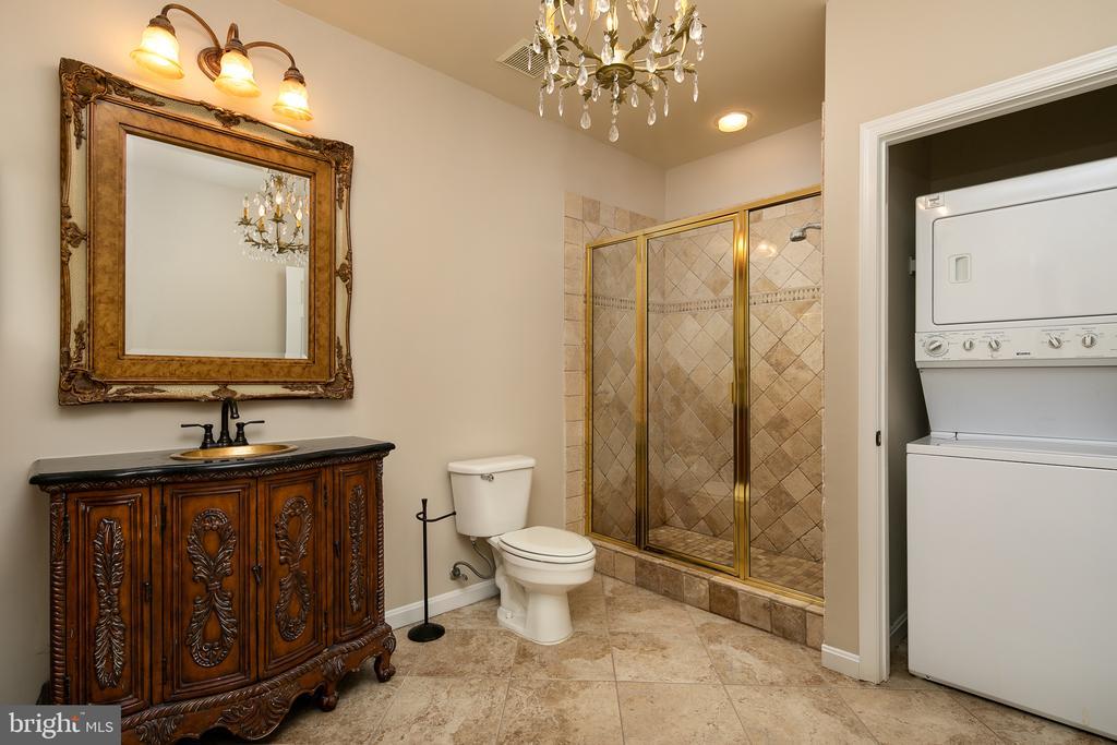 Basement Full Bathroom # - 21109 CARTHAGENA CT, ASHBURN