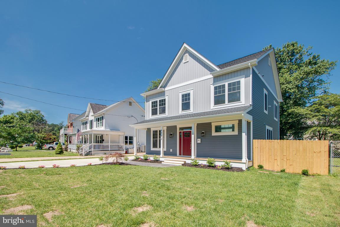 Single Family for Sale at 6722 Westlawn Dr Falls Church, Virginia 22042 United States