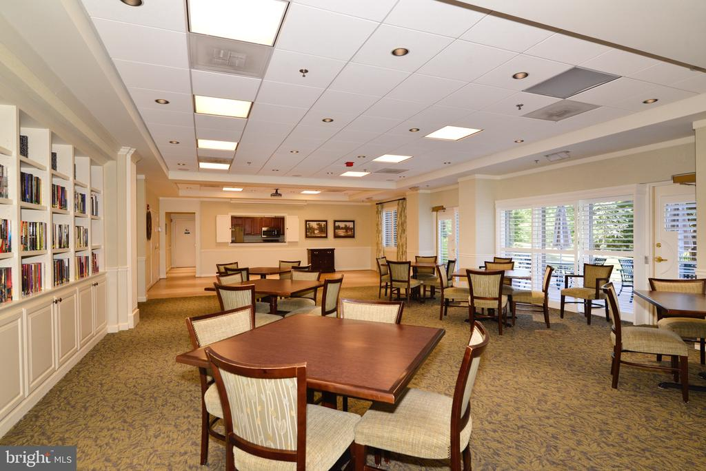 Party room for daily everything - including coffee - 19375 CYPRESS RIDGE TER #803, LEESBURG