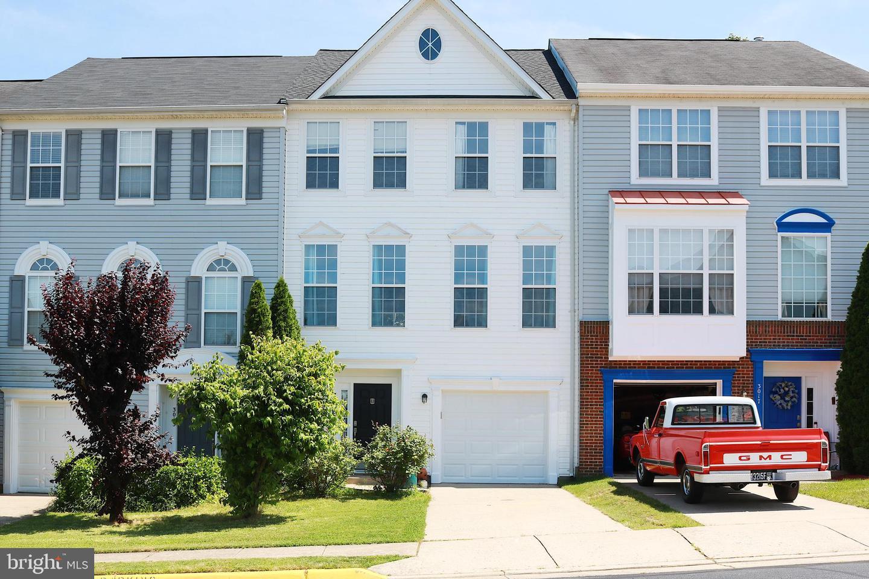 Single Family for Sale at 3015 Stockholm Way Woodbridge, Virginia 22191 United States