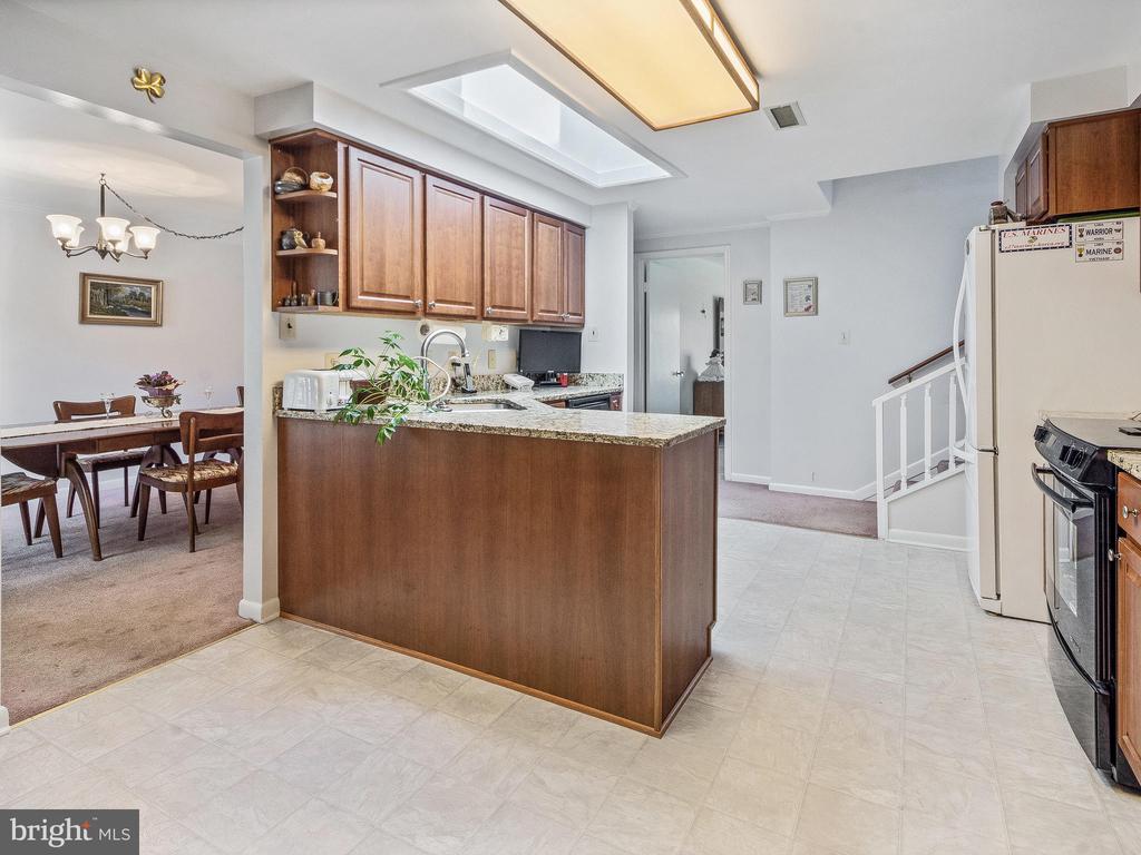 Kitchen from Breakfast Area - 4315 ALDIE RD, CATHARPIN