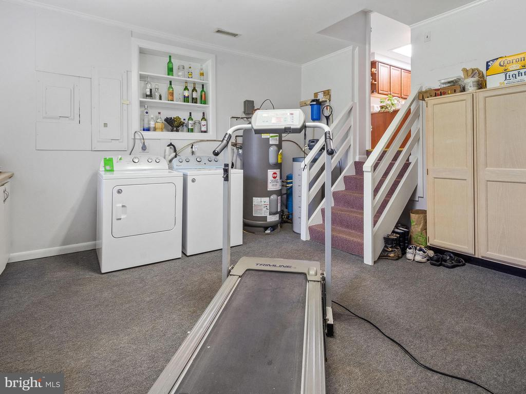 Huge Laundry/Storage/Exercise/Mud Room - 4315 ALDIE RD, CATHARPIN