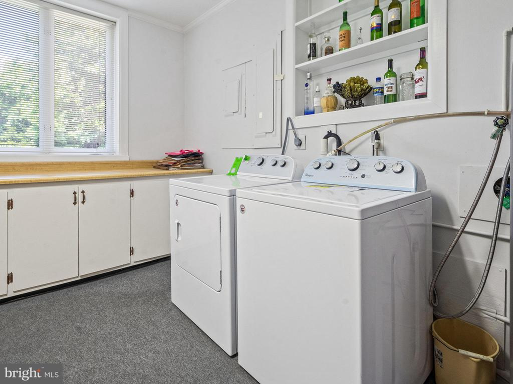 Laundry area - 4315 ALDIE RD, CATHARPIN