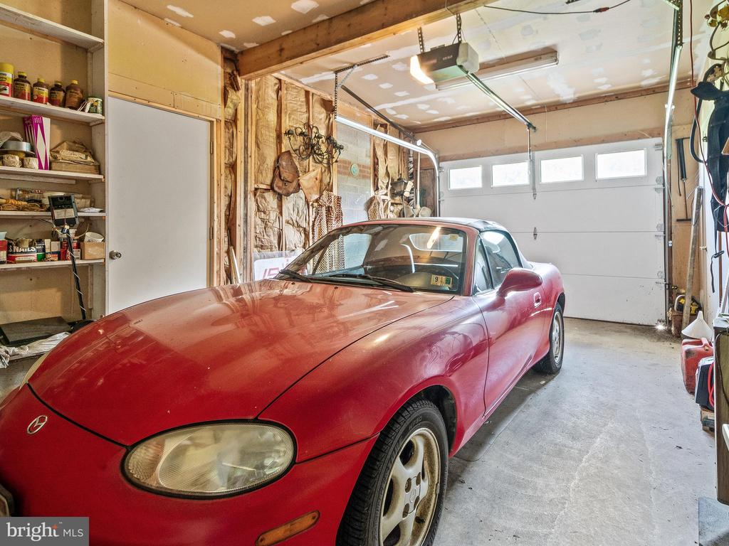 Garage Single Bay - 4315 ALDIE RD, CATHARPIN