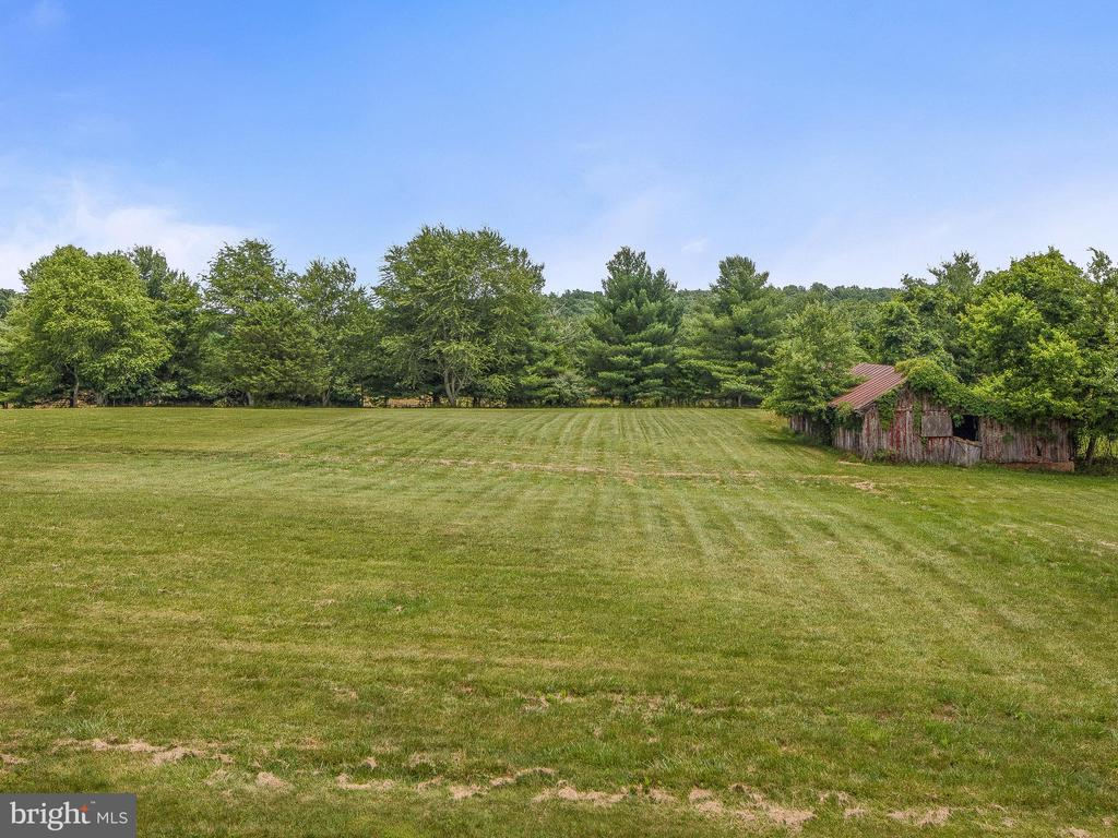 Rear View from Deck includes old barn - 4315 ALDIE RD, CATHARPIN