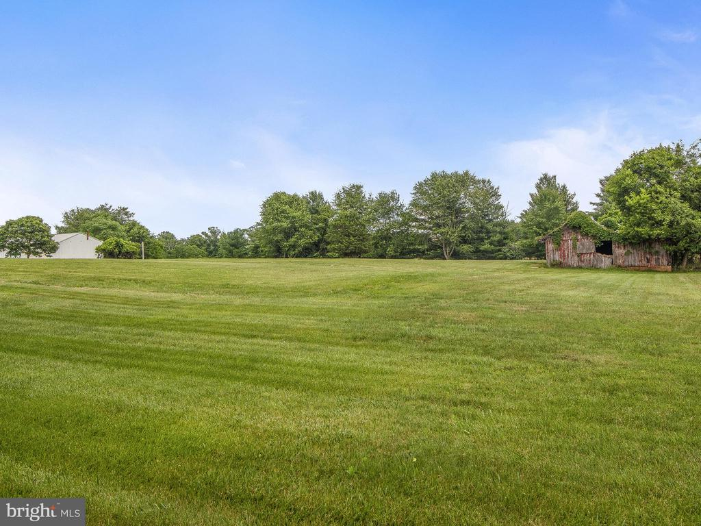Rear Acreage with old barn - 4315 ALDIE RD, CATHARPIN