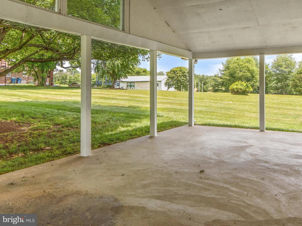 Covered Patio - Great for Picnics - 4315 ALDIE RD, CATHARPIN