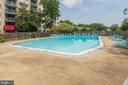 Outdoor pool - 2500 N VAN DORN ST #422, ALEXANDRIA