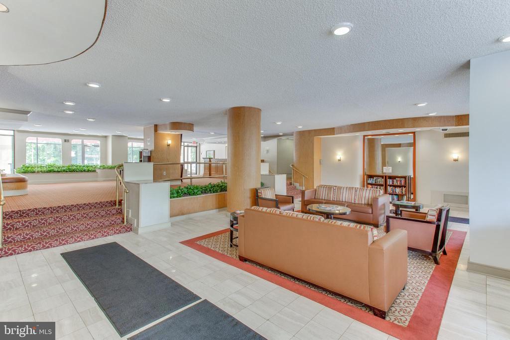 Lobby - 2500 N VAN DORN ST #422, ALEXANDRIA