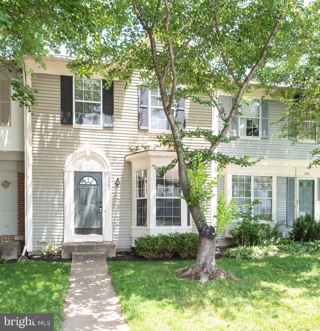 Single Family for Sale at 2584 Miranda Ct Woodbridge, Virginia 22191 United States