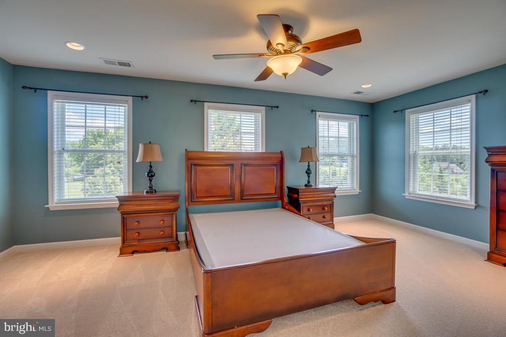 Bedroom #4. Furniture conveys! - 38 JANNEY LN, FREDERICKSBURG