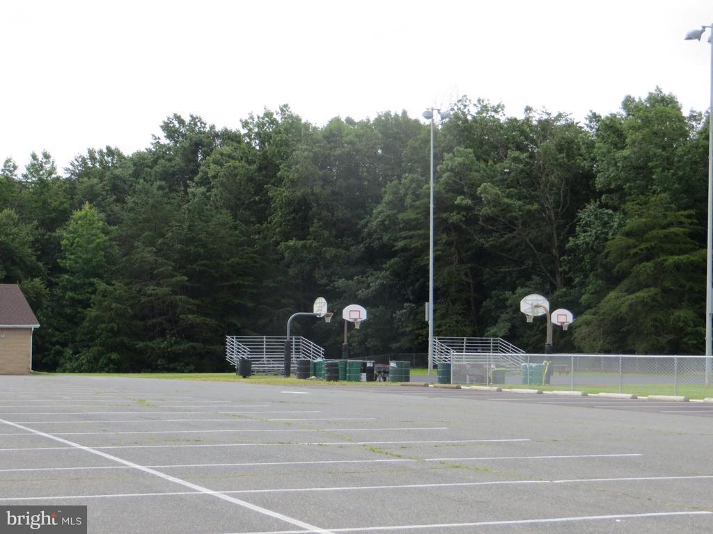 Marshall Park soccer & ballfield parking - 7329 CLOVERHILL RD, SPOTSYLVANIA