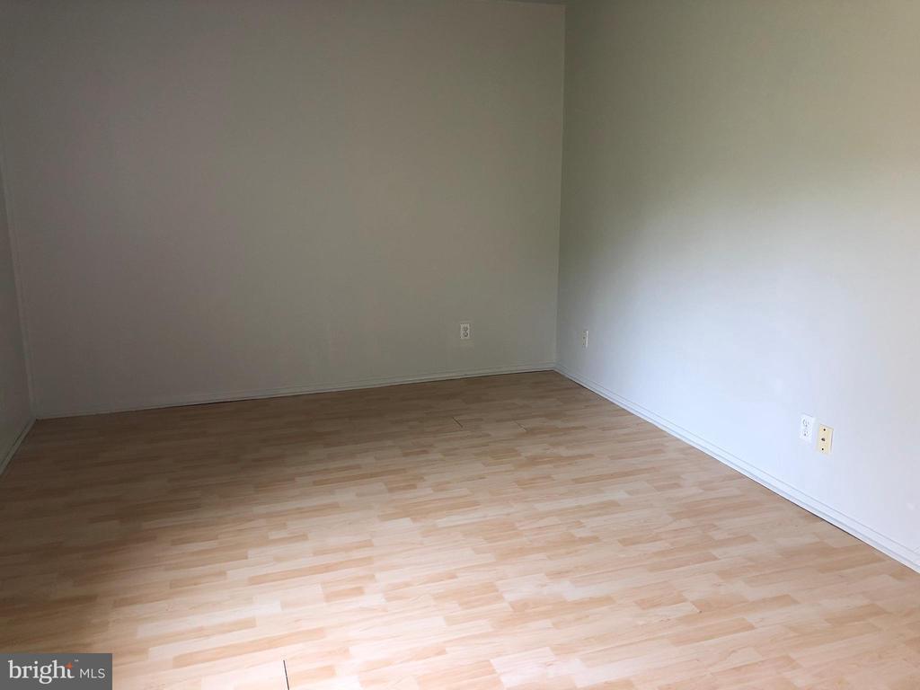 Bedroom - 18000 CHALET DR #200, GERMANTOWN