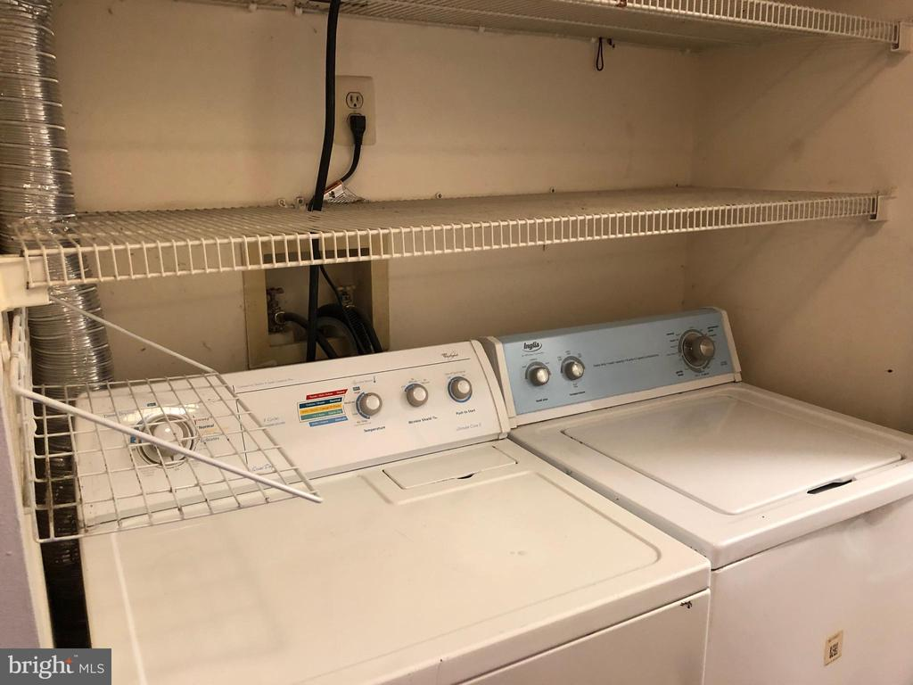 Washer and Dryer - 18000 CHALET DR #200, GERMANTOWN