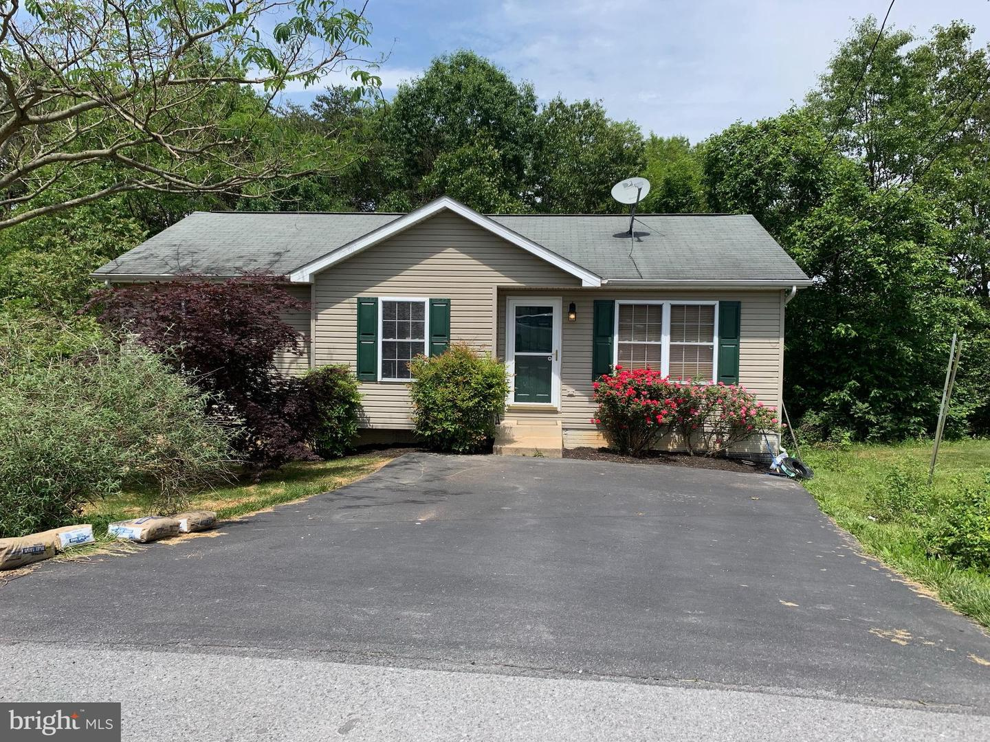 Single Family for Sale at 92 Contessa Ct Inwood, West Virginia 25428 United States