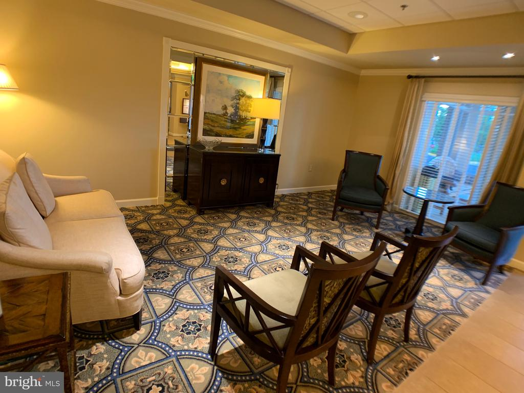 Lobby seating area - 19375 CYPRESS RIDGE TER #803, LEESBURG