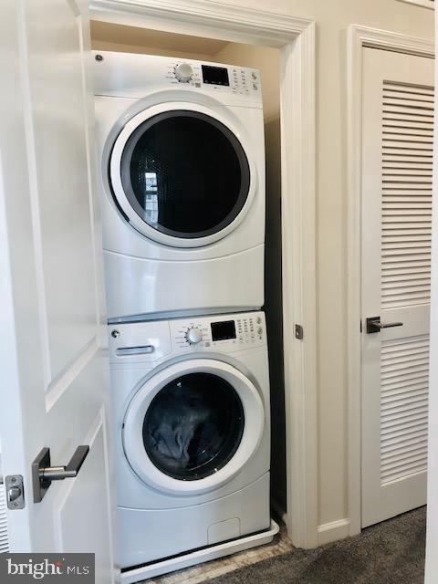 Laundry Room w/Front Load Washer/Dryer - 43047 STUARTS GLEN TER #105, ASHBURN