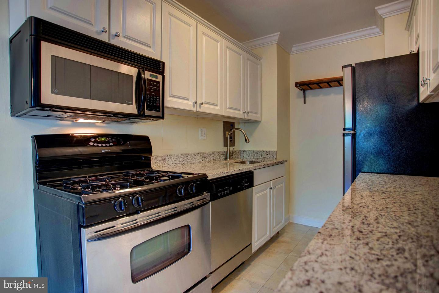 other residential homes for Rent at 1300 S Arlington Ridge Rd #308 Arlington, Virginia 22202 United States
