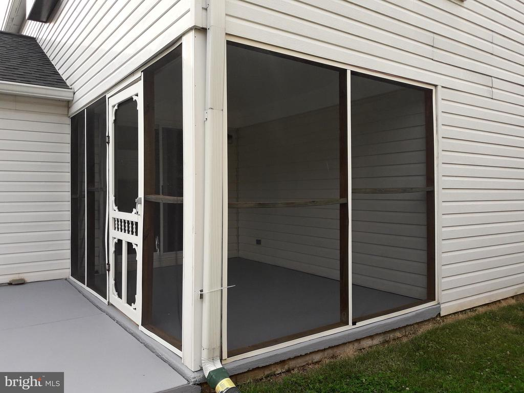 Screen Porch to Patio - 8232 EMORY GROVE RD, GAITHERSBURG