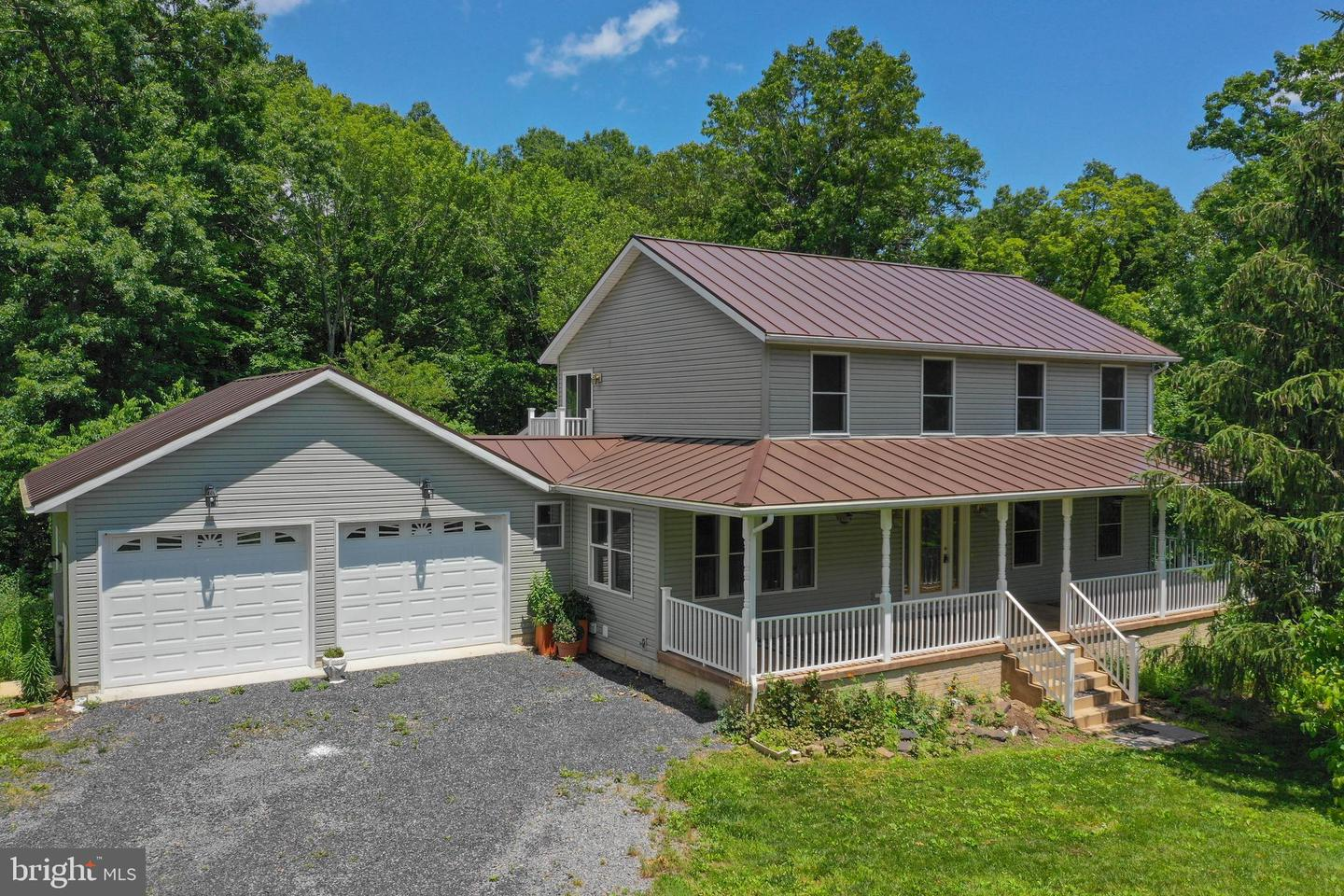 Single Family for Sale at 7779 Critton Owl Hollow Rd Slanesville, West Virginia 25444 United States