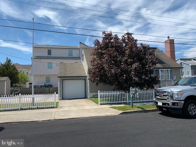 Duplex Homes для того Продажа на Sea Isle City, Нью-Джерси 08243 Соединенные Штаты