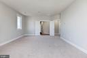 Master bedroom with brand new carpet - 43586 PURPLE ASTER TER, LEESBURG
