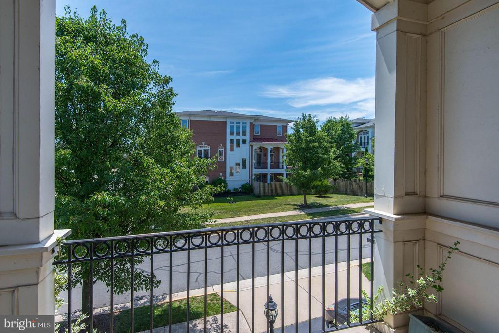 Private balcony outside office - 43586 PURPLE ASTER TER, LEESBURG