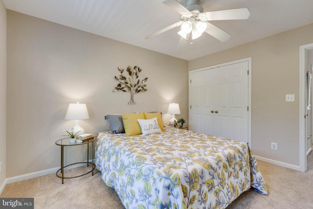 Bedroom  1 - 16639 CAXTON PL, DUMFRIES