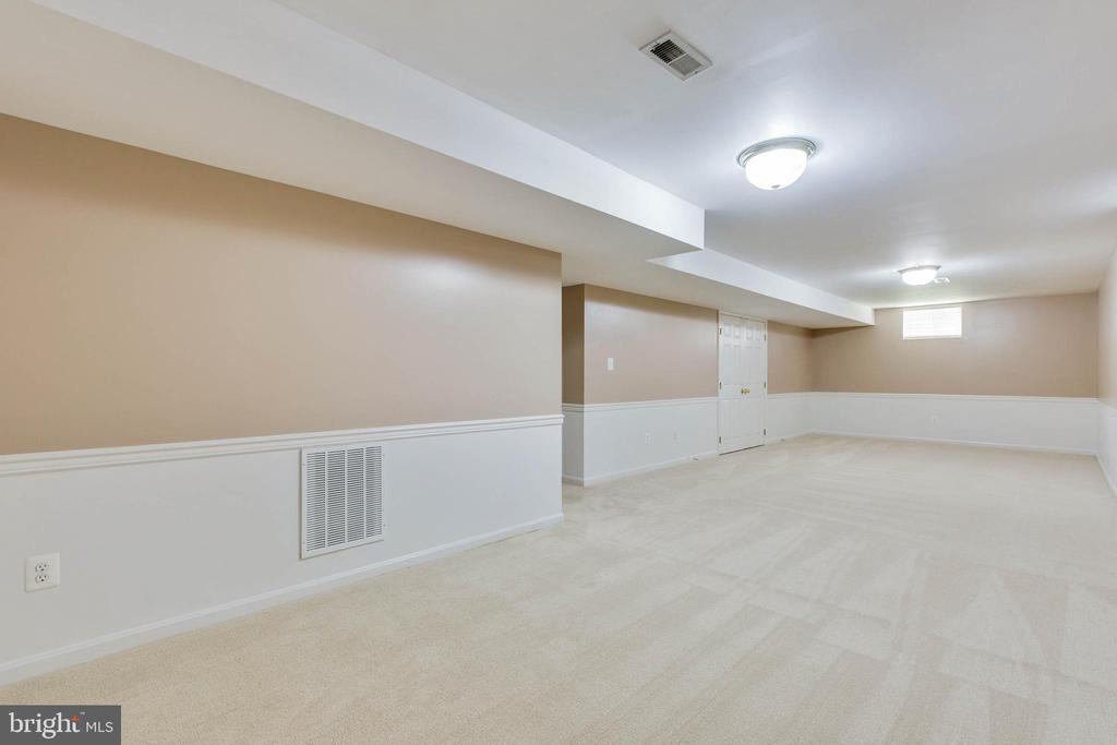 Rec Room - 16639 CAXTON PL, DUMFRIES