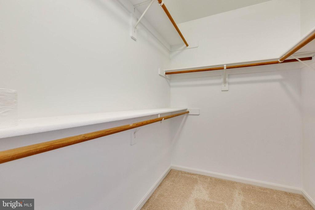 Master Closet - 16639 CAXTON PL, DUMFRIES
