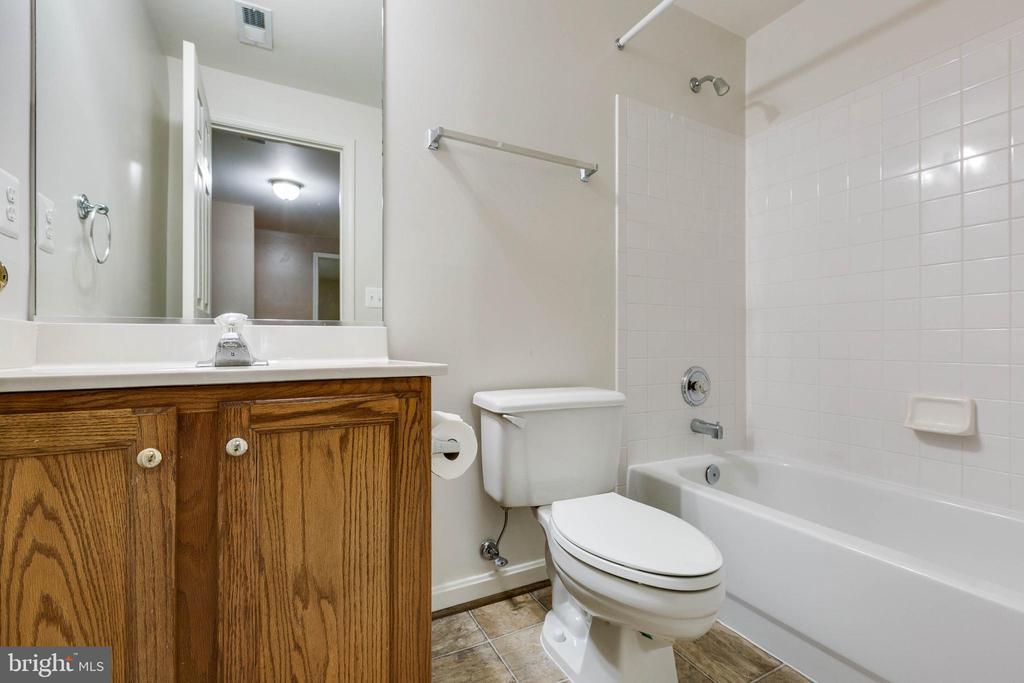 Basement Bathroom - 16639 CAXTON PL, DUMFRIES