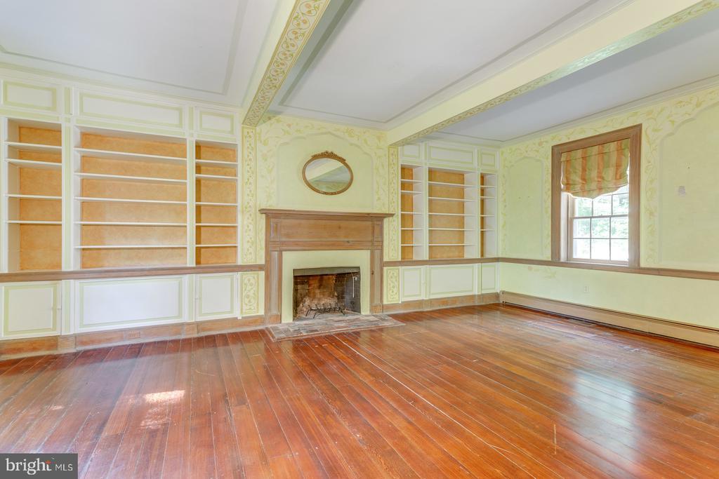 Living Room - 16001 OLD WATERFORD RD, PAEONIAN SPRINGS