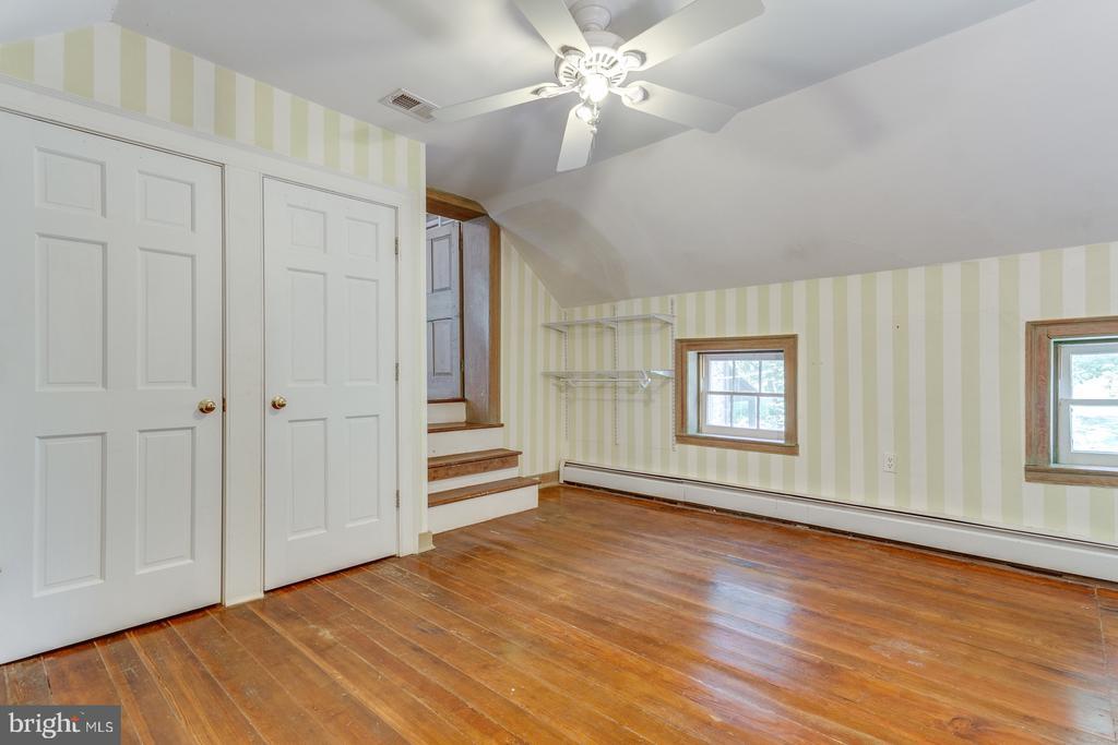 Dressing Room - 16001 OLD WATERFORD RD, PAEONIAN SPRINGS