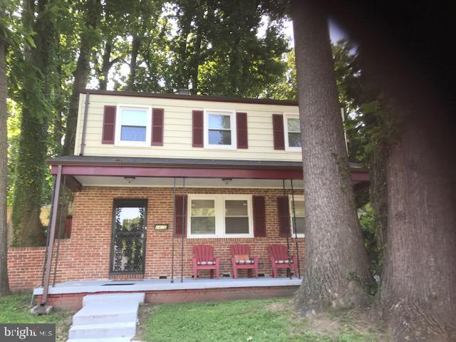 Front - 2409 GREEN VALLEY DR, SUITLAND