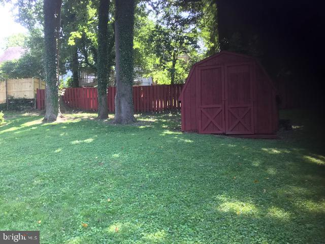 Rear Yard - 2409 GREEN VALLEY DR, SUITLAND