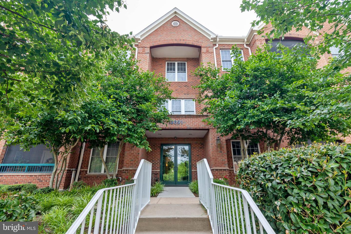 Single Family for Sale at 13891 Chelmsford Dr #a304cu Gainesville, Virginia 20155 United States