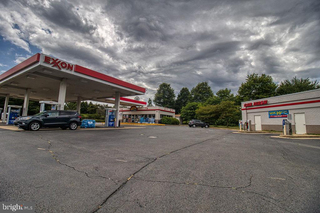 Gas Station And Convenience Store - 21024 TIMBER RIDGE TER #303, ASHBURN