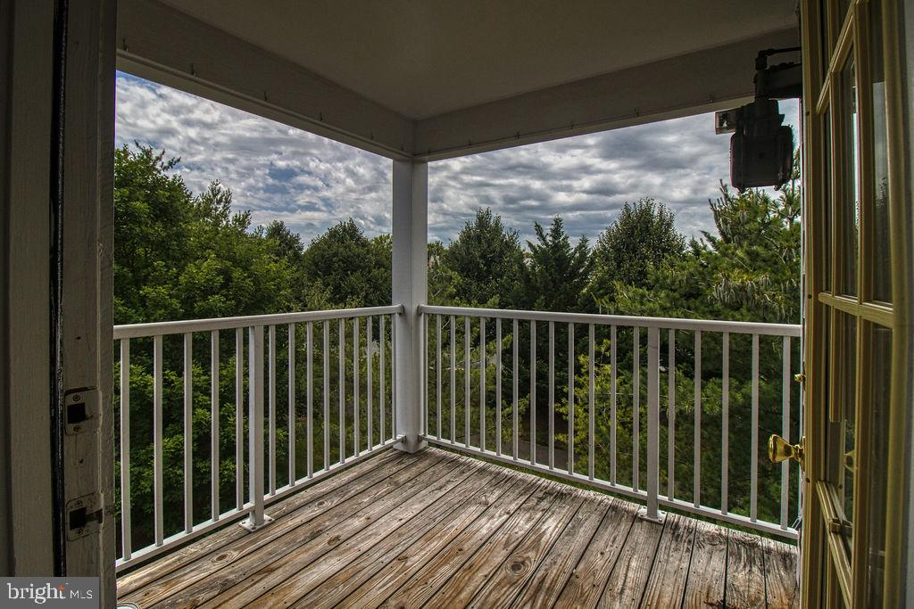 Private Covered Balcony With View Of Trees - 21024 TIMBER RIDGE TER #303, ASHBURN