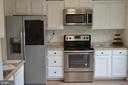 Updated kitchen - 19911 SPUR HILL DR, GAITHERSBURG