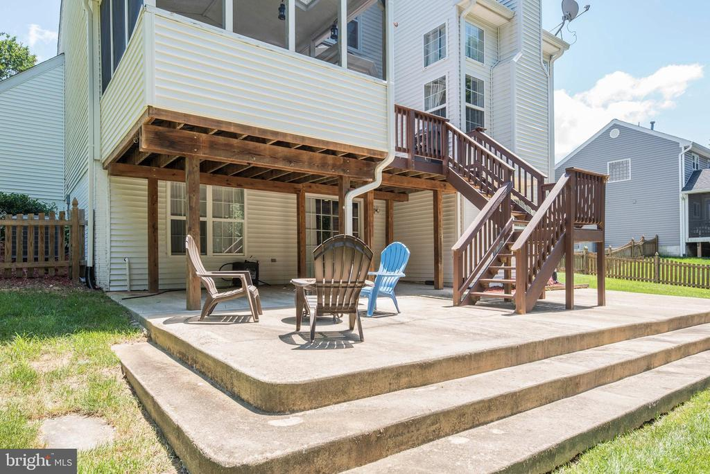 Spacious Patio - 5 WEXWOOD CT, STAFFORD