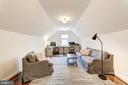 bonus room off the master bedroom for many uses - 6218 30TH ST N, ARLINGTON