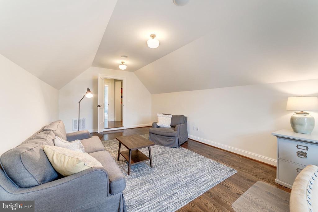 bonus room could also be an impressive closet - 6218 30TH ST N, ARLINGTON