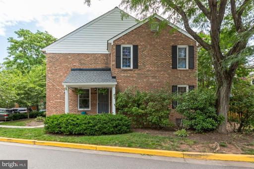 2424 S WALTER REED DR #3