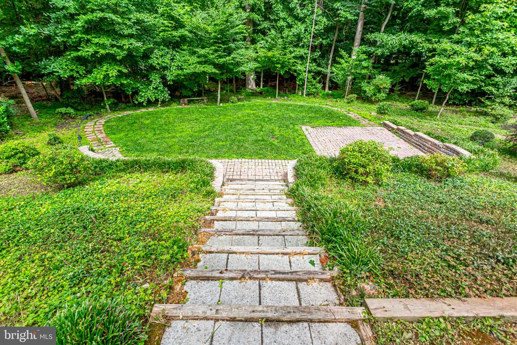 PAVER STEPS - 8010 TREASURE TREE CT, SPRINGFIELD
