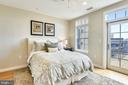 Upper Level Bedroom with Access to Terrace - 1700 CLARENDON BLVD #128, ARLINGTON