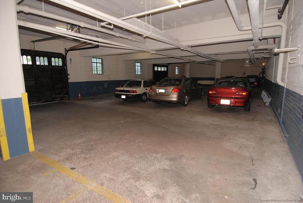 Garage parking (wait list) - 3000 TILDEN ST NW #402-I, WASHINGTON