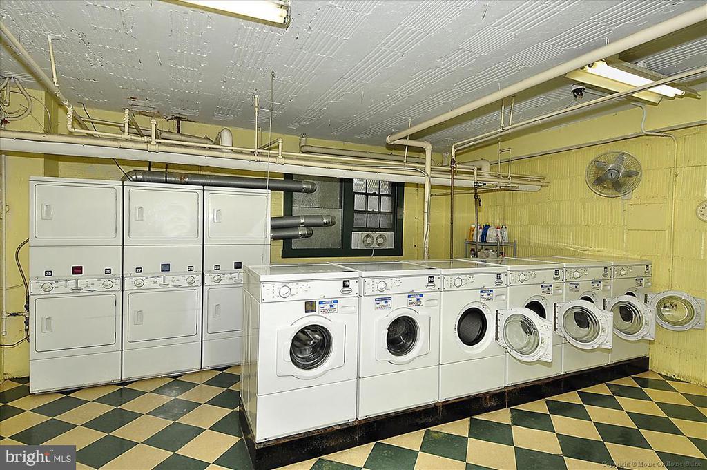 Laundry - 3000 TILDEN ST NW #402-I, WASHINGTON